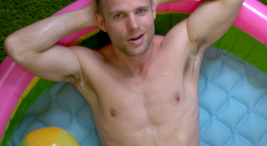 """VIDEO: Tom Goss Gets Wet and Wild in """"Bears"""""""