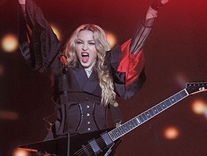 FOF #2223 - Madonna is Coming - 09.28.15